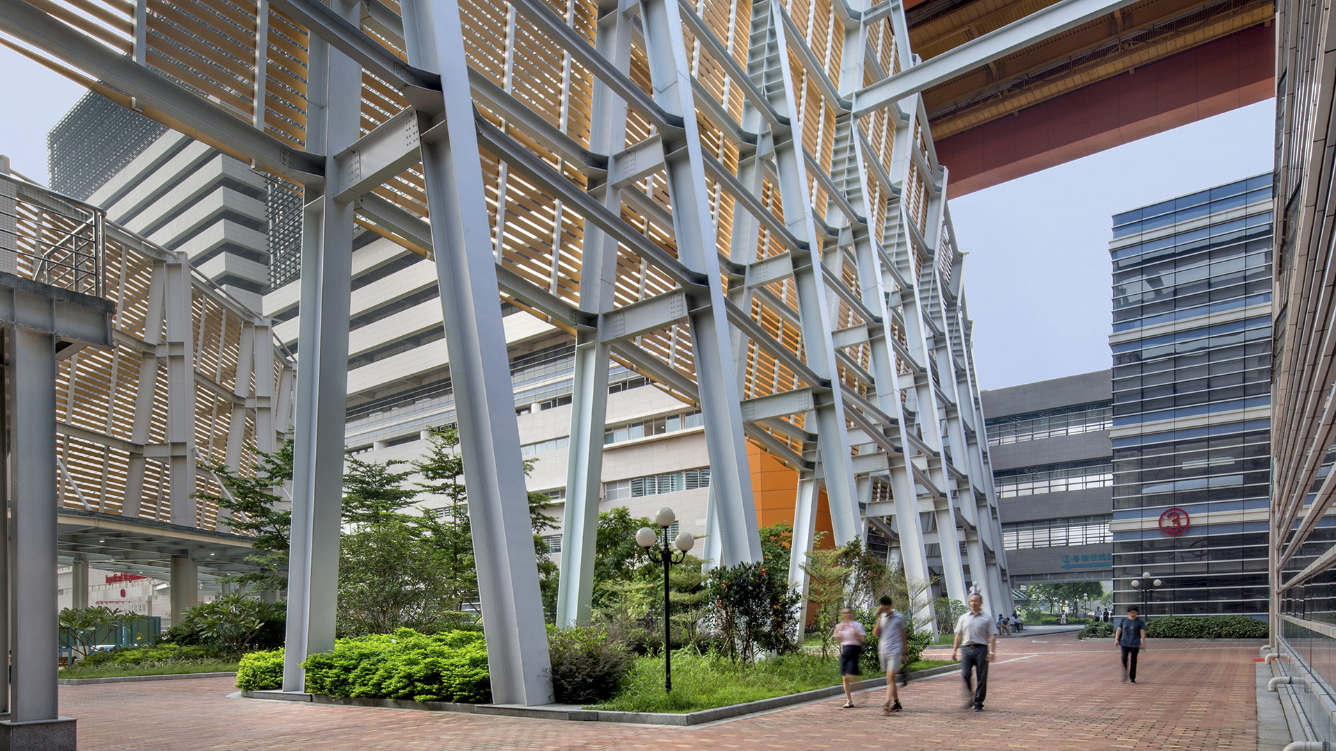 Biophilic design principles were key in the architecture of Shunde Hospital of Southern Medical University in China.